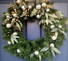 Decorating. Beauteous Christmas Wreath Front Door Inspiration ...