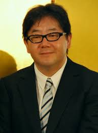 Telah diumumkan bahwa jumlah penjualan single yang liriknya ditulis oleh penulis lirik Yasushi Akimoto telah mencapai angka mengagumkan 68.591.000 kopi, ... - akimotoyasushi