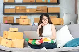 Setiap pelaku usaha yang memperdagangkan barang dan/atau jasa dengan menggunakan sistem elektronik wajib menyediakan data dan/atau informasi secara lengkap dan benar. Jenis Pajak Bisnis Online Shop Di Indonesia Yang Wajib Diketahui