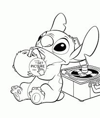 Kleurplaten Disney Stitch