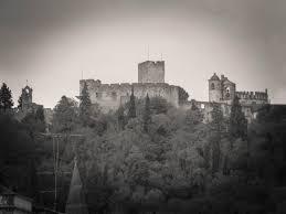Resultado de imagem para imagens do castelo dos templários em tomar