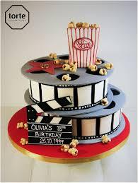 Cinema birthday cake with film reels and Hollywood star #clapperboard  #hollywood #film #birthday #cake #popcorn #movienigh…   Movie cakes,  Hollywood cake, Film cake