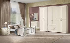 Camera completa con letto matrimoniale Tevere, patinato beige ...
