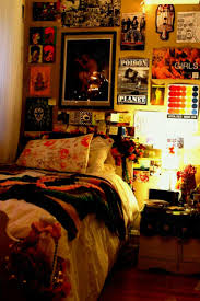 Bedroom wall designs for teenage girls tumblr Fall Themed Cheap Ways To Decorate Teenage Girls Bedroom Artsy Bedrooms Tumblr Hippie Decor Diy Room Decorating Alysonscottageut Cheap Ways To Decorate Teenage Girls Bedroom Artsy Bedrooms Tumblr