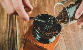 The best coffee to use for an aeropress would be medium or dark roasted coffee with a grind size that is finer than sea salt. The 5 Best Hand Coffee Grinders For Aeropress Earl Of Coffee