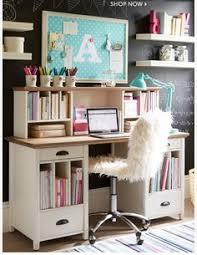 Pequenos home offices e cantinhos de estudo:12 lindas ideias | Desks,  Google search and Teen desk