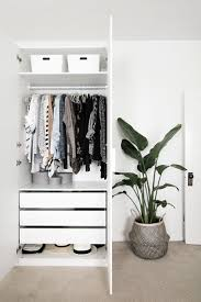 Organization Tips For Small Bedrooms 17 Best Ideas About Small Bedroom Closets On Pinterest Small