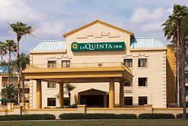 la quinta inn by wyndham tampa near busch gardens reserve now gallery image of this property
