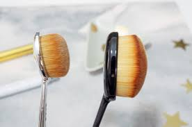 the artis oval 4 brush vs an ebay dupe