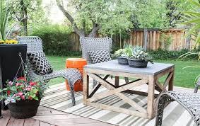 15 diy outdoor coffee table ideas