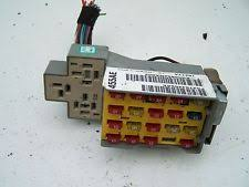 chrysler fuses fuse boxes chrysler pt cruiser 01 05 fuse box
