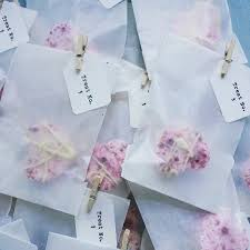The Most Fabulous Edible Wedding Favours For Your Guests