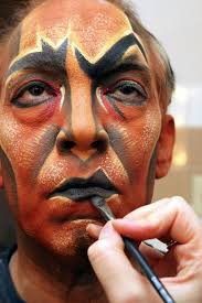 uncle scar se makeup from the lion king not sure if this falls under the quick design but it s cool