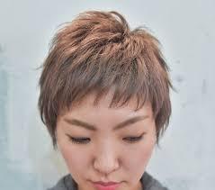 丸顔に似合うベリーショートの髪型カタログ10選ぽっちゃりの失敗談も