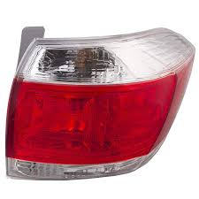Toyota Highlander Parking Lights Headlightsdepot Tail Light Compatible With Toyota Highlander 2011 2012 Usa Models Only Exclude Hybrid Model Includes Right Passenger Side Tail Light
