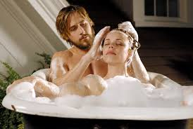 14 Signs Your Boyfriend Is Amazing in Bed