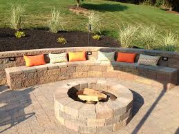 patio with a retaining wall