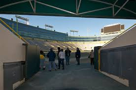 Where Is The Player Entry Tunnel At Lambeau Field