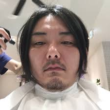 伸ばしきった前髪はなかなか切れない Naoto Kimura