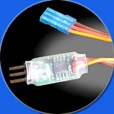compact rc switch circuit compact r c switch plugs into a standard hobby radio control receiver as easily as a servo does you can connect the load that you want to toggle through