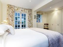 Next Home Bedroom Next To Sloane Square Station Bright Two Bedroom Home Sleeps 4