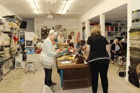 traditional rug hooking classes
