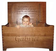 amish wooden toy box chest quarter sawn large shaker dovetail safety hinges stain in name