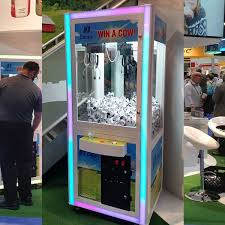 Claw Vending Machine Impressive Awesome Claw Machine Rental Trade Show Games