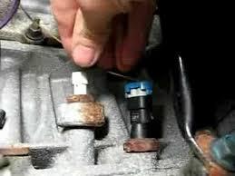 2008 saturn outlook oil pressure sensor location vehiclepad 2001 saturn l200 engine diagram oil pressure sensor 2001 home knock sensor replacement