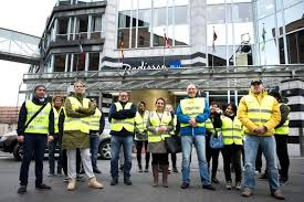 Hotel And Restaurant Workers In Europe Stand Up For Better Working