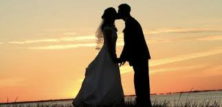 reasons to avoid premarital sex encouraging words premarital or extra marital sex is always a losing proposition god is clear that his wonderful gift of physical intimacy is to reserved for the
