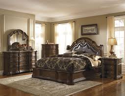 Courtland King Traditional Platform Bed With Upholstered Leather - Traditional bedroom decor
