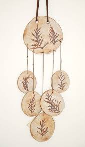 Chimes out of terracota clay. Very easy to make, great for young kinds,