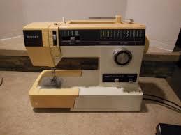 Singer Sewing Machine 6233