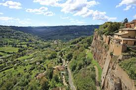 Visit Orvieto in Italy: The Perfect Day Trip If You Want to Avoid Rome's  Tourist Crowds