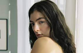 Lorde announces new single 'Mood Ring ...