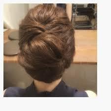 銀座のママの髪をセットしている 手作り作家 Takakuraです Hair