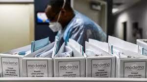 """فيروس كورونا: الاتحاد الأوروبي سيوقع عقدا لشراء 160 مليون جرعة من لقاح شركة  """"موديرنا"""" الأمريكية"""