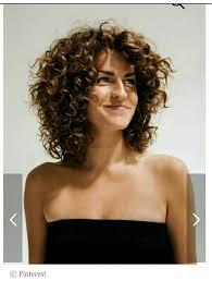 Pin By D A N I E L S Studio On Texture Short Layered Curly Hair