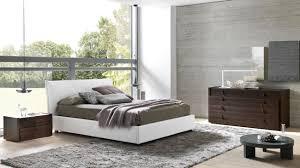 Mirrored Bedroom Set Upholstered Bedroom Set Platinum Mirrored King Bed Complete Set