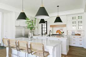 White kitchen pendant lighting Island Countertop 2015 Fresh Faces Of Design Awards Hgtvcom Allwhite Eatin Kitchen With Black Cone Pendant Lights 2015 Fresh