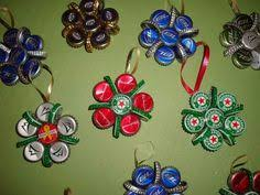 Decorated Bottle Caps Easy Recycled Christmas Decorations and Ornaments Beer bottle 17