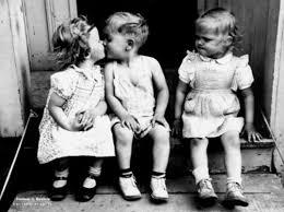 Risultati immagini per i baci tra bambini