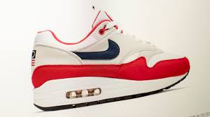 <b>Nike</b> Pulls Shoes Featuring Betsy Ross Flag Over Concerns About ...