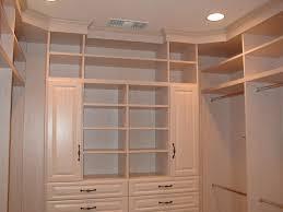 Small Walk In Closets Ideas 3413