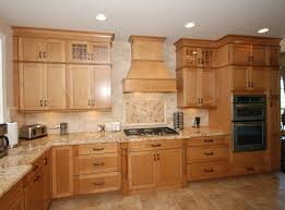 Canadian Maple Kitchen Cabinets Kraftmaid Ginger Glaze Cabinets With Granite Countertops Maple