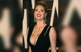 Email10177757 email10177757 at kinglibrary.net fri nov 23 13:27:06 utc 2007. 15 Busty Celebrities With Knockout Curves