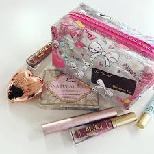 what s in the too faced x skinnydip london collaboration it s going to be so good