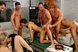 Showing Porn Images for Bisexual orgy hd porn www.handy porn