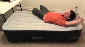 Intex Deluxe Pillow Rest Raised Bed Demo